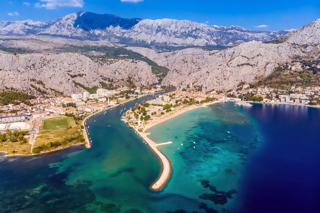 Villa Mira with pool , Omis - only 6 km from ancient town